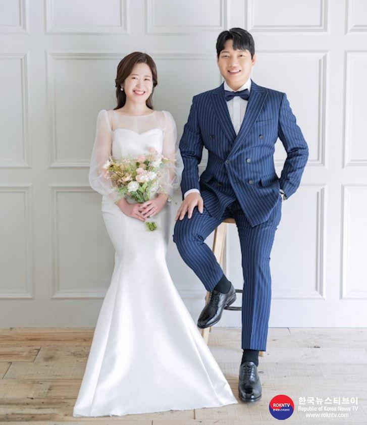 기사 2021.04.16.(금) 2-1 (결혼) 김이진 관장 딸 (2021.04.24.(토) .JPG